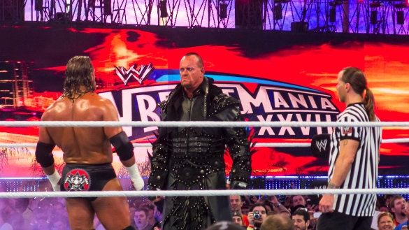 Undertaker-vs-Triple-H-WM28